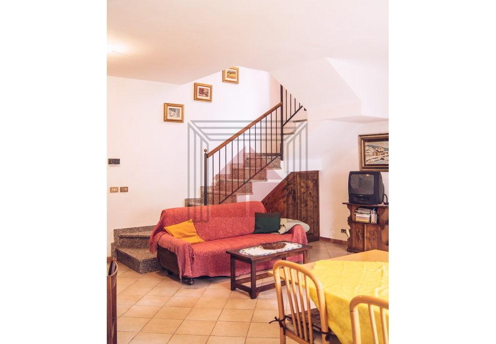 soggiorno, vista scale