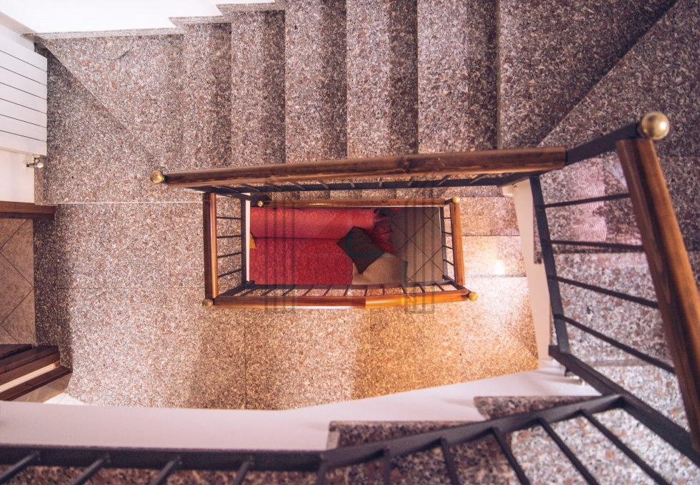vista scale da sottotetto
